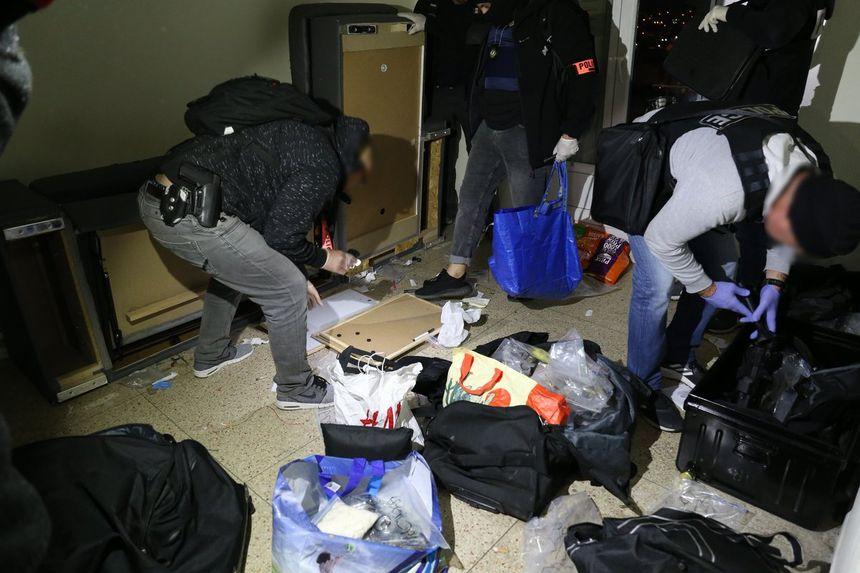 La police en intervention le 1er avril dernier dans cette même cité Campagne Lévêque (15e)