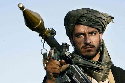 Combattant du mollah Omar - District d'Andar, Ghazni, Afghanistan, juillet 2006