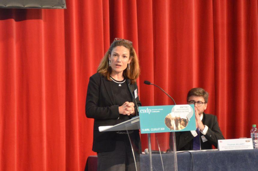 Chantal Jouano jeudi soir à Lyon pour le lancement du  débat public
