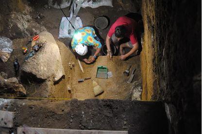 L'équipe de fouilles dans la grotte de Callao, située sur l'île de Luzon, au Nord des Philippines