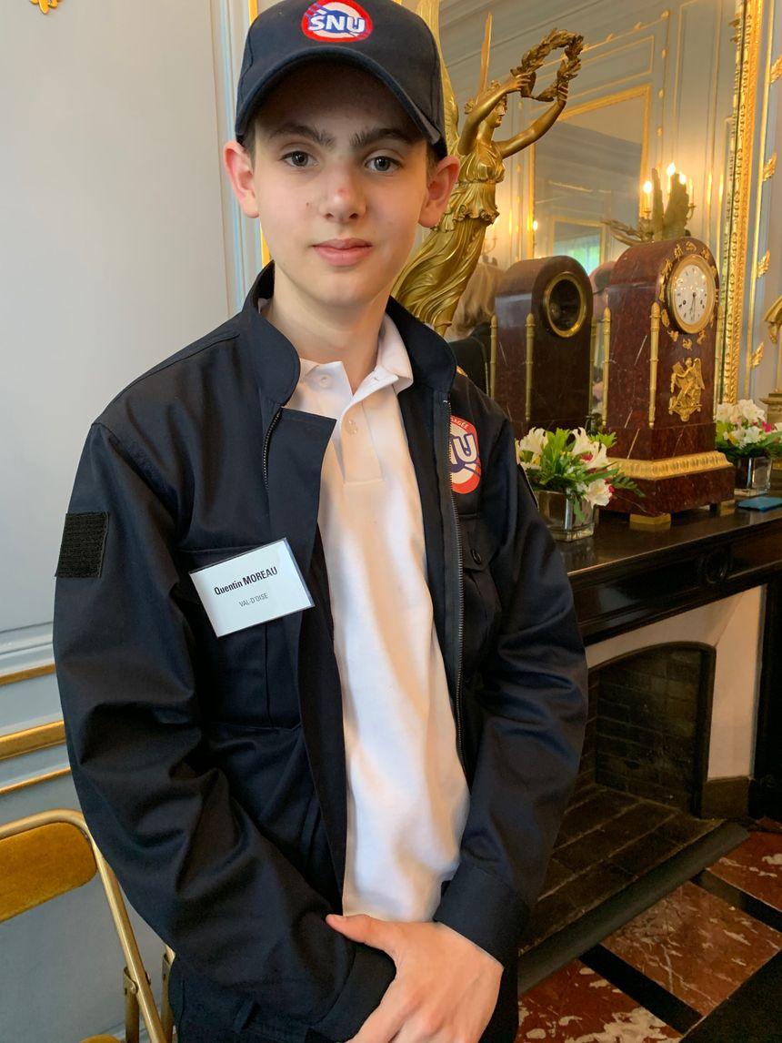 """""""Il est très ressemblant avec l'uniforme de la police"""" estime Quentin, 15 ans."""