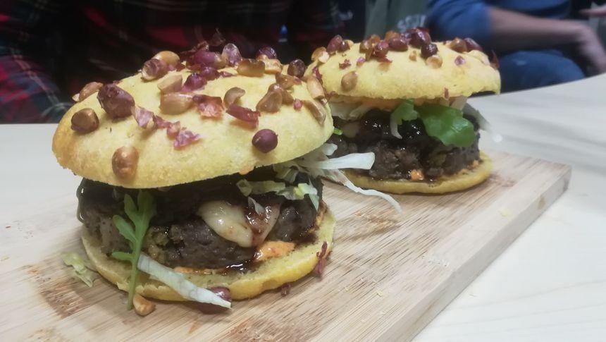 """le burger """"landais à fond"""" d'SB Burger"""