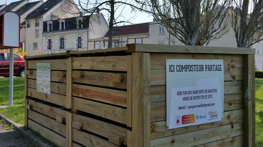 Un nouveau composteur a été installé rue d'Oseille, dans le quartier Saint Remi.