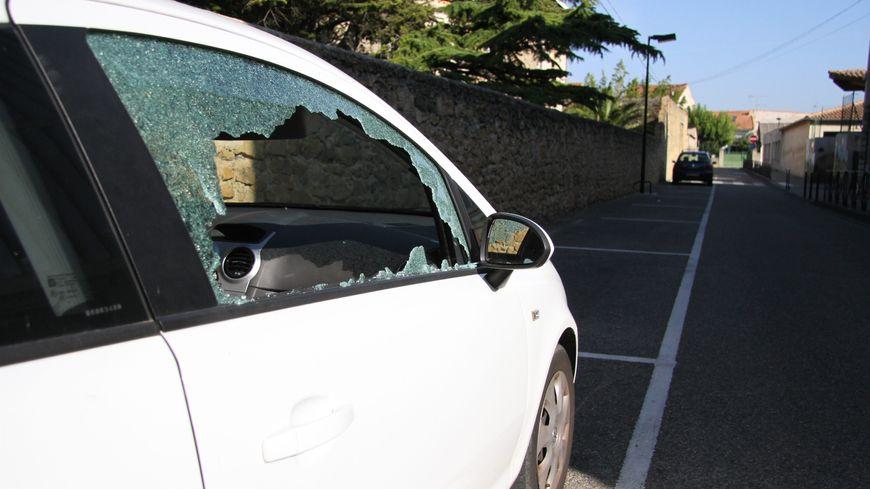 Les policiers ont interpellé trois mineurs dans la nuit de samedi à dimanche à Tours, après plusieurs vols dans des voitures. (Illustration)