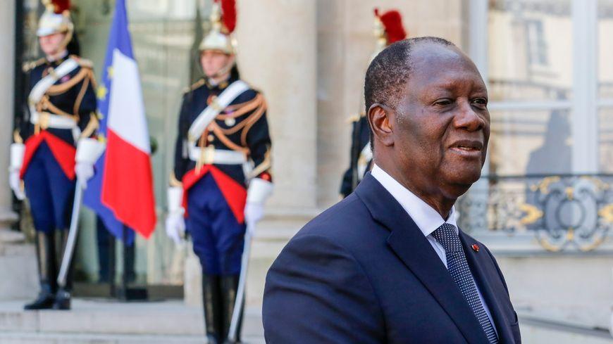 Le président de la Côte d'Ivoire, Alassane Ouattara lors d'une visite à l'Elysée l'an dernier