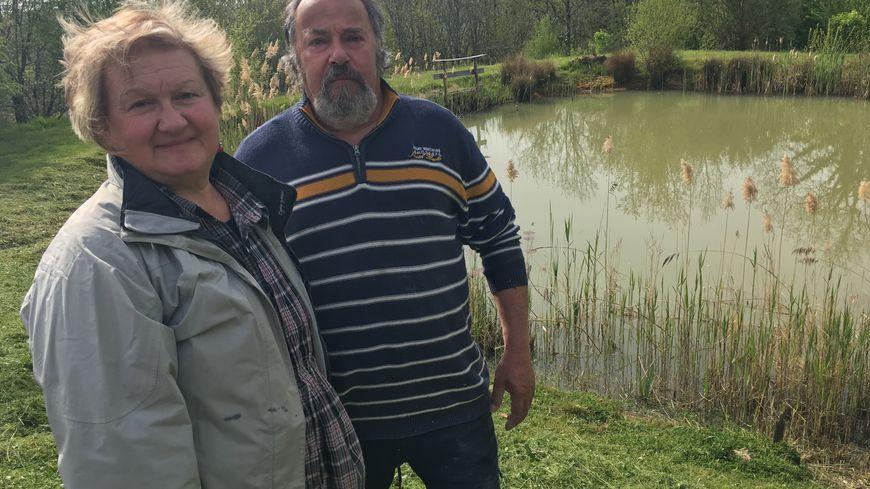 Annie et Michel se battent pour leur mare depuis près de huit ans.