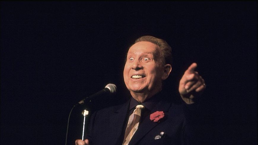 Charles Trenet au théâtre des Champs-Elysées le 26 septembre 1987, Paris.