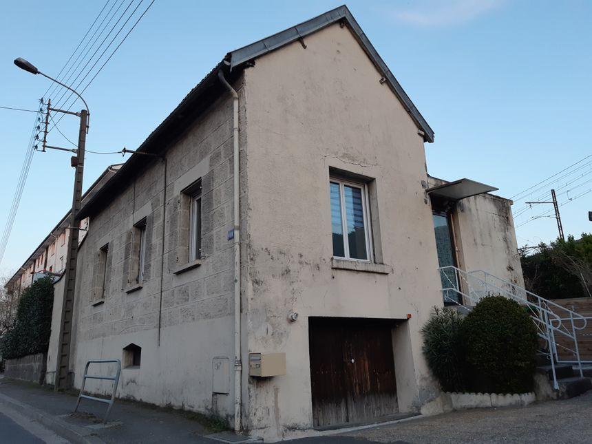 Après un appartement, Nabil et Tarik Andrieu vivent à Brive dans cette maison de l'avenue de Bordeaux