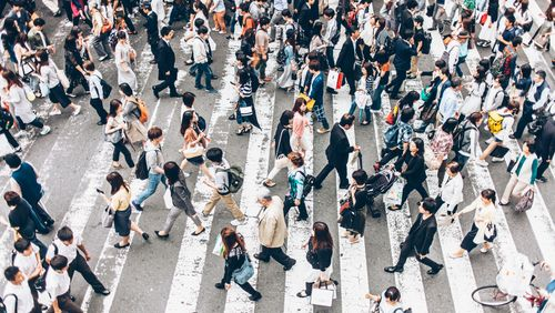Épisode 2 : De la multitude au peuple…