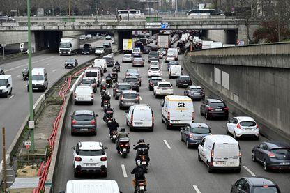 Le périphérique parisien au niveau de la porte Maillot, en janvier 2019.