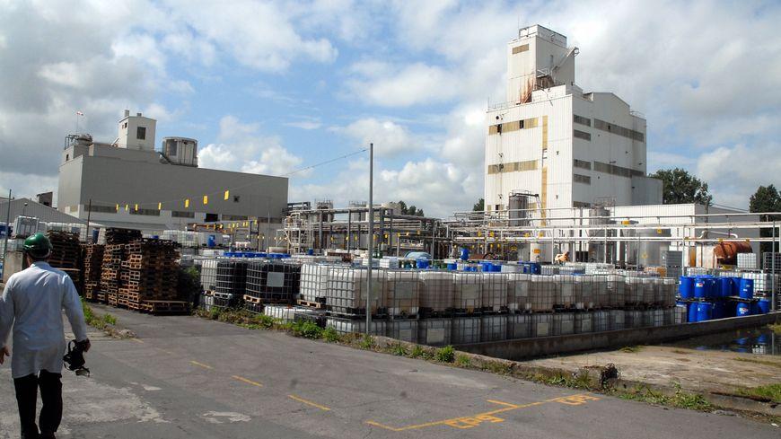 Un fuite d'acide chlorhydrique ce vendredi matin à l'usine Synthron d'Auzouer-en-Touraine a mobilisé 24 pompiers.