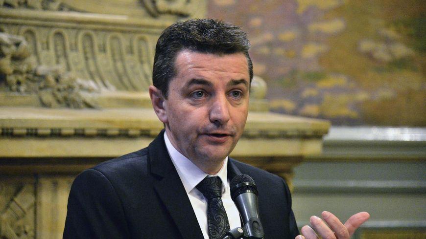 4b13fb9da Saint-Etienne   l élue d opposition Nadia Semache rejoint la ...