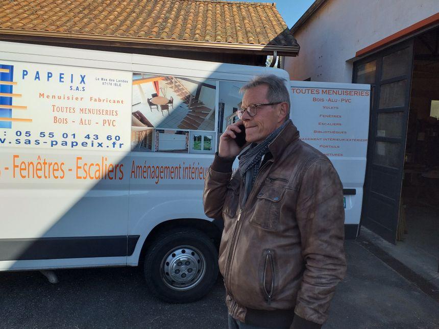 Alain Guyonnaud le directeur de la menuiserie Papeix à Isle.