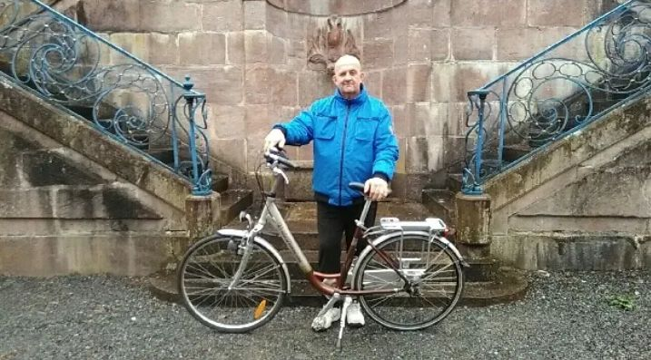 Jean va partir faire un tour de france du travail à vélo
