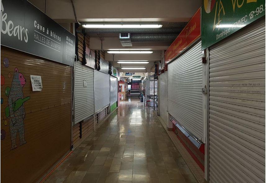 Vue d'un des couloirs des halles de Quimper aujourd'hui