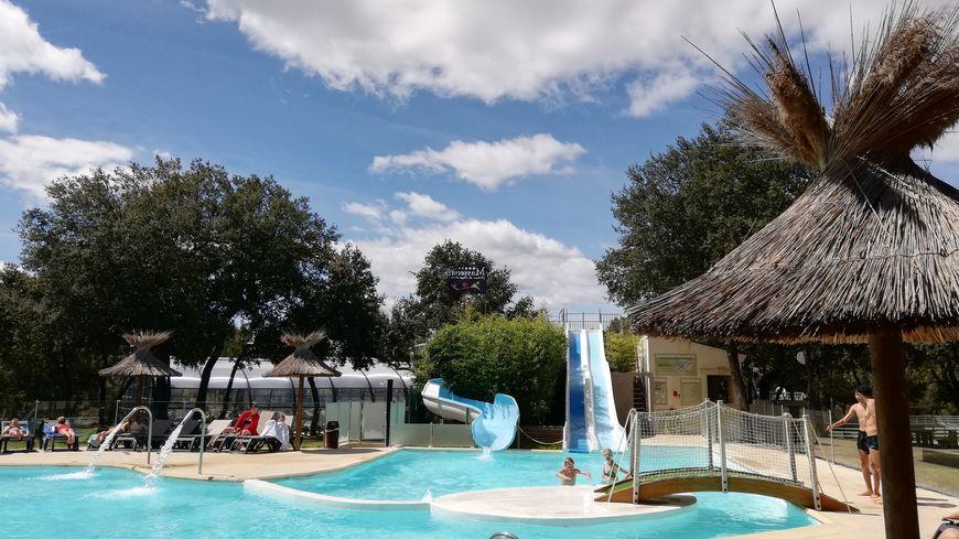 Illustration d'un camping de luxe au Domaine de Massereau près de Sommières