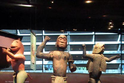 Statues du Dahomey, royaume africain qui a précédé le Bénin