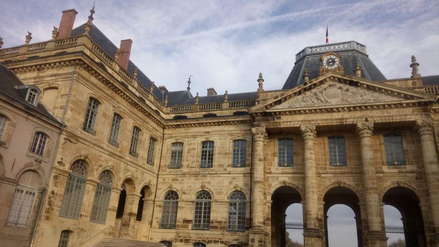 Le château de Lunéville fait partie des cinq sites classés de la ville