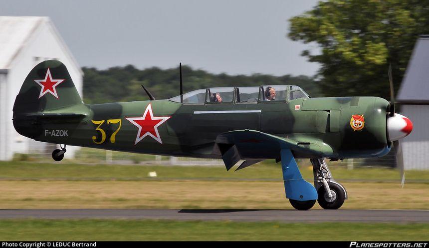 Le Yakovlev Yak-11 est un avion d'entraînement utilisé par l'armée de l'air soviétique et dans les pays d'Europe de l'Est