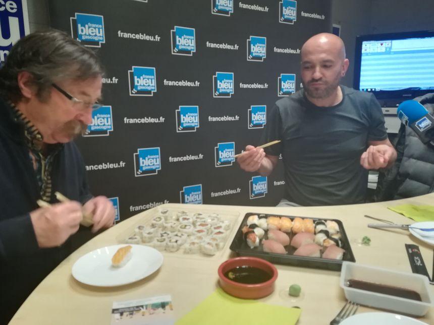 De gauche à droite : Philippe notre auditeur gastronome de Monségur et Anthony d'Hossegor Sushi