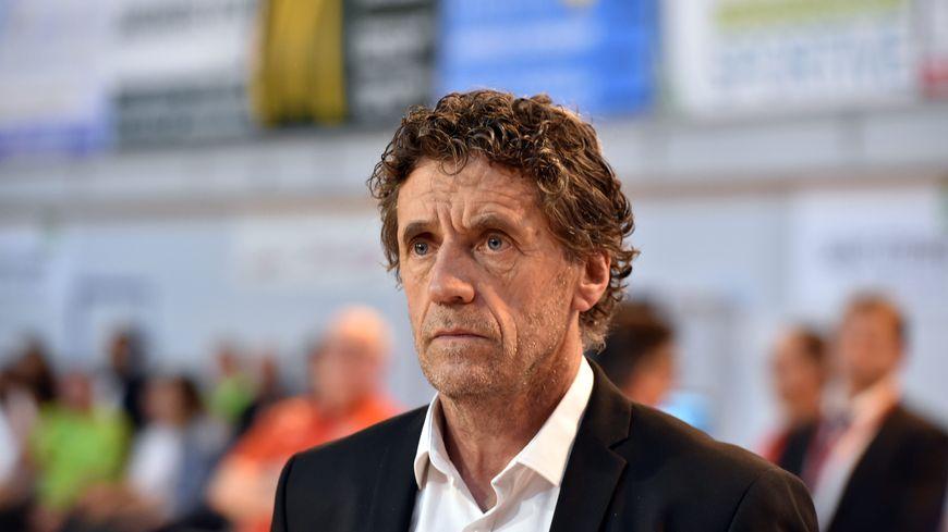 Les Couramiauds et leur coach, Alain Thinet, n'ont gagné qu'un match en avril.