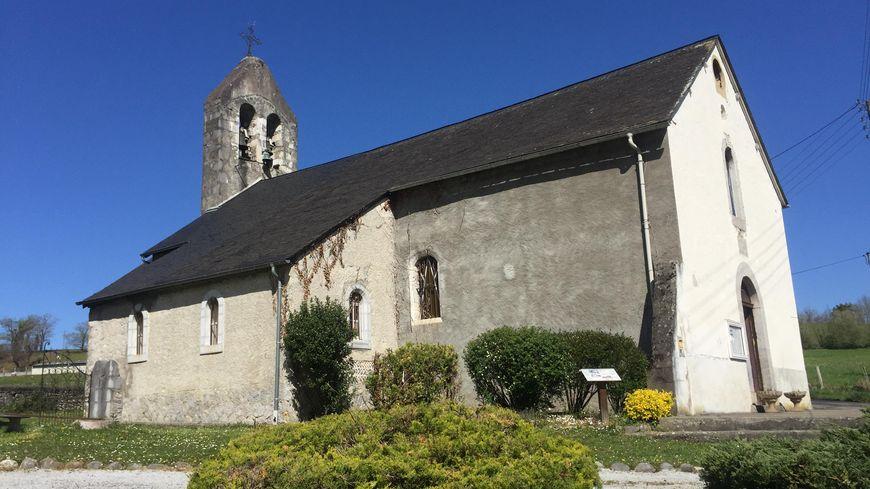 Le clocher et le toit de l'église seront les premiers à être rénovés.