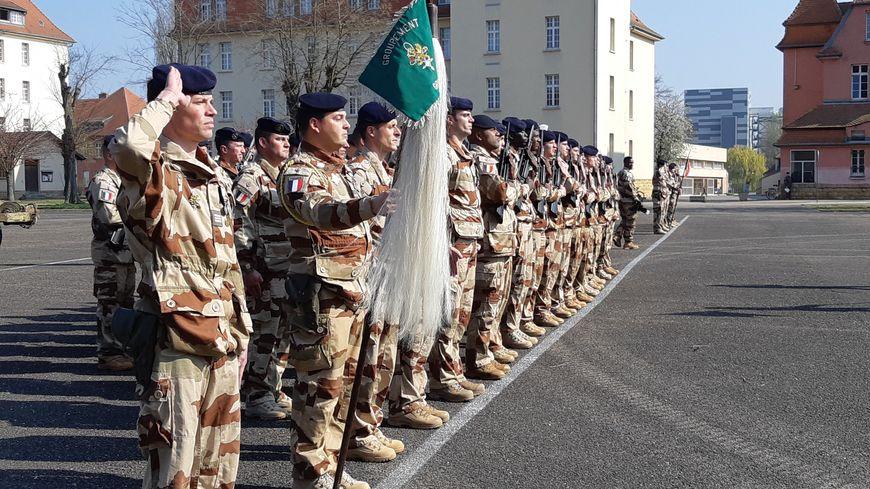 Prise d'arme au 3e Régiment de Hussards de Metz (Moselle) pour le retour du groupement déployé sur l'opération Barkhane de septembre 2018 à février 2019. 1er avril 2019.