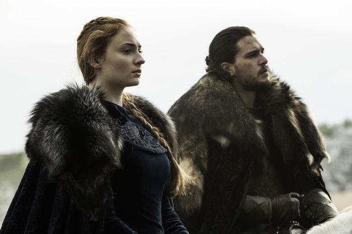 """Sansa Stark et John Snow dans """"Game of Thrones"""" saison 7"""
