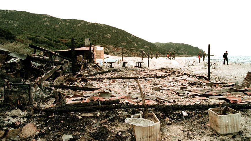 Corse : l'histoire sans fin des paillotes ?