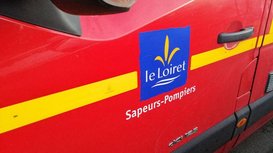 Trois hommes âgés de 25 à 30 ans ont été blessés dans un accident de la route à Saint-Ay. Les deux plus âgés n'ont pas survécu.