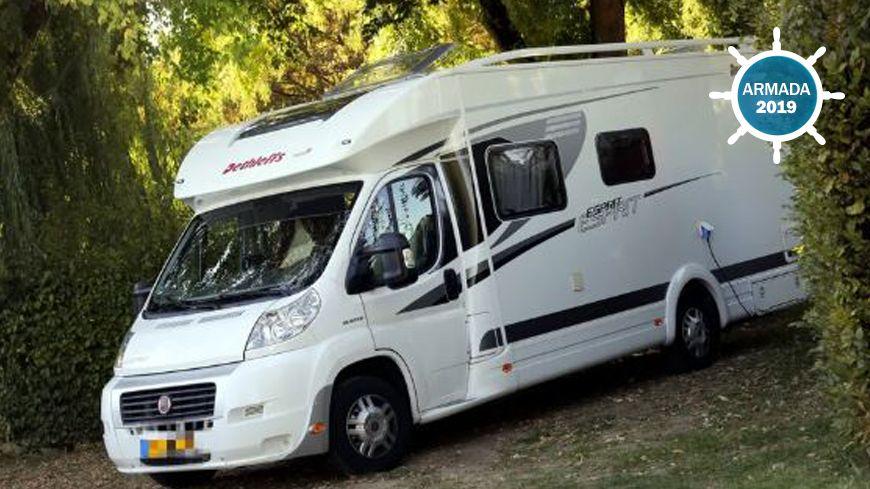400 places r serv es pour les camping cars l 39 armada de rouen. Black Bedroom Furniture Sets. Home Design Ideas