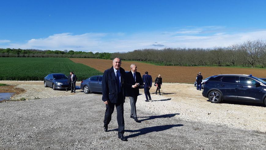 Le Drômois Didier Guillaume, ministre de l'agriculture, est en visite en Drôme et Ardèche.