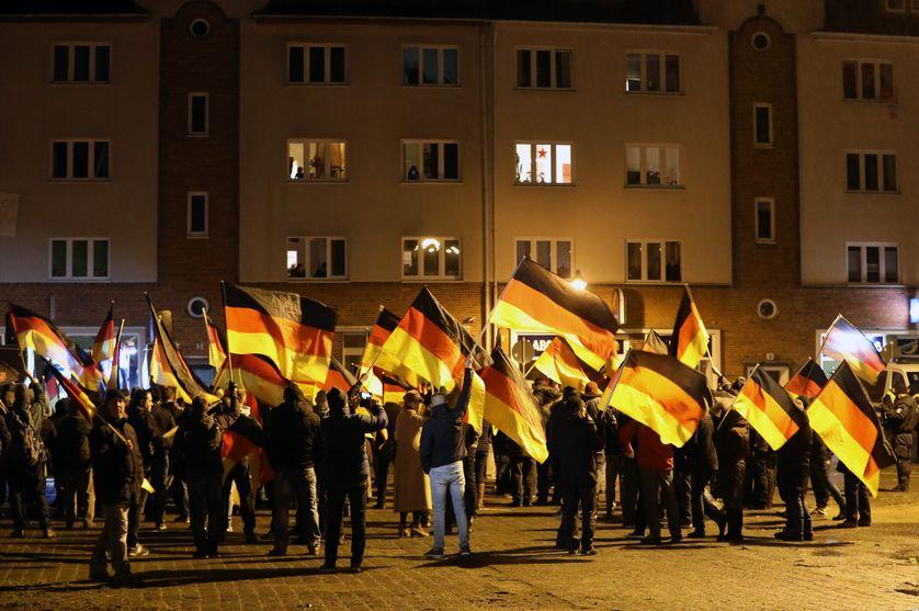 Une manifestation de Alternative pour l'Allemagne (AfD) le 12 décembre 2018 à Rostock (Mecklembourg-Poméranie-Occidentale, Allemagne)