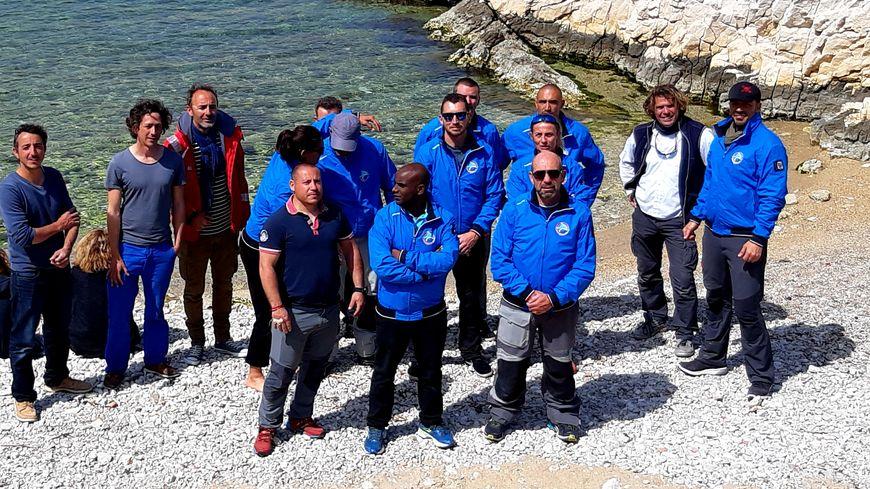 Des militaires blessés apprennent à revivre grâce à un stage de voile à Marseille