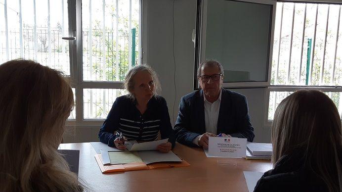 Brigitte Karyta et Jean-Louis Picano, conciliateurs de justice auprès du tribunal d'instance de Bourgoin-Jallieu.