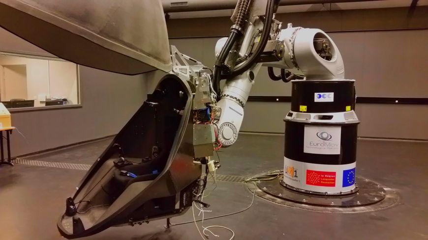 Semaxone réalise ses tests dans le simulateur d'EuroMov à Montpellier