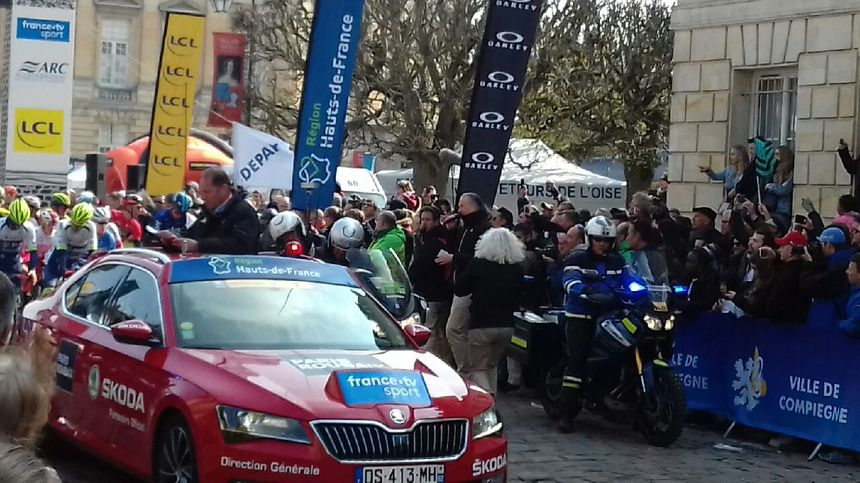 Juste avant le départ du Pars-Roubaix