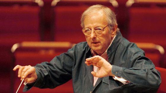 André Prévin /  Pianist, Komponist, USA- dirigiert bei einer Probe in der Kölner Philharmonie