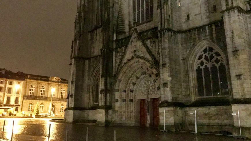 La cathédrale Saint-Corentin ce lundi 15 avril 2019.