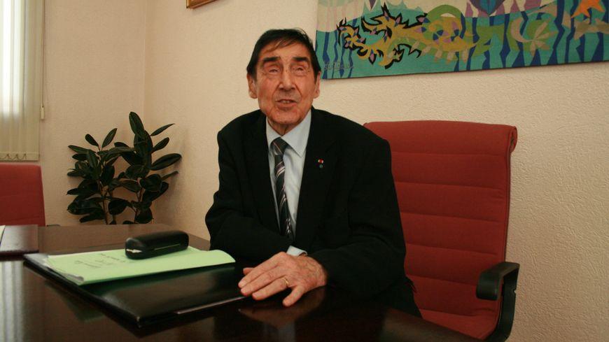 Marcel Berthomé doyen des maires de Gironde et de France