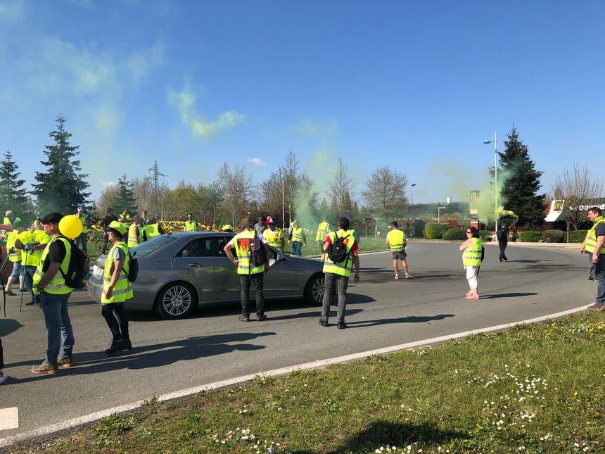 Les manifestants ont bloqué plusieurs ronds-points du Pied des Gouttes au cours de l'après-midi.
