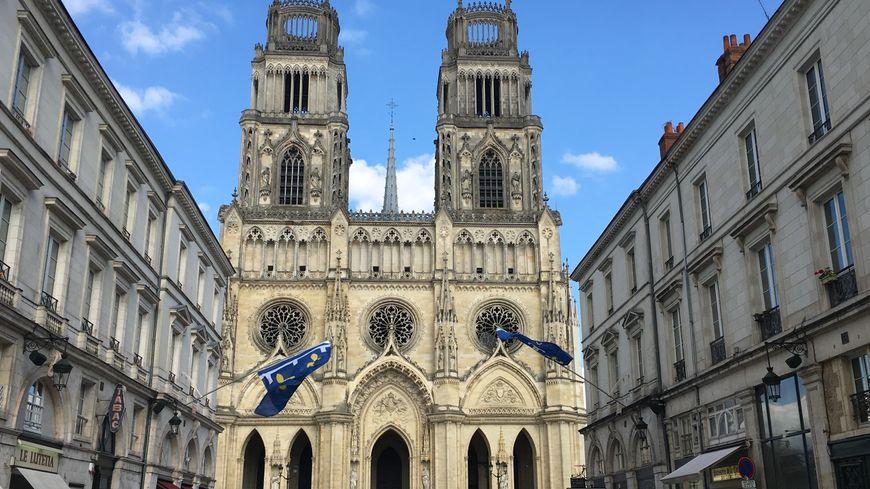 Les 11 maires ou représentants des villes jumelées à Orléans participeront au cortège commémoratif du 8 mai