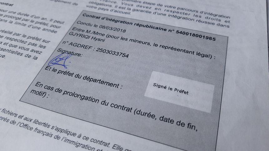 L'année dernière, le père de famille Hysni Gjyriqi a signé un contrat d'intégration républicaine avec la préfecture.