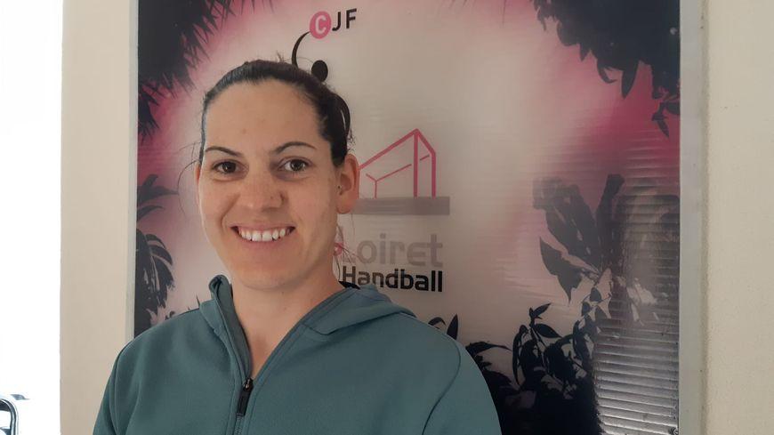 Alexandra Lacrabère, capitaine de l'équipe de handball de Fleury-les-Aubrais