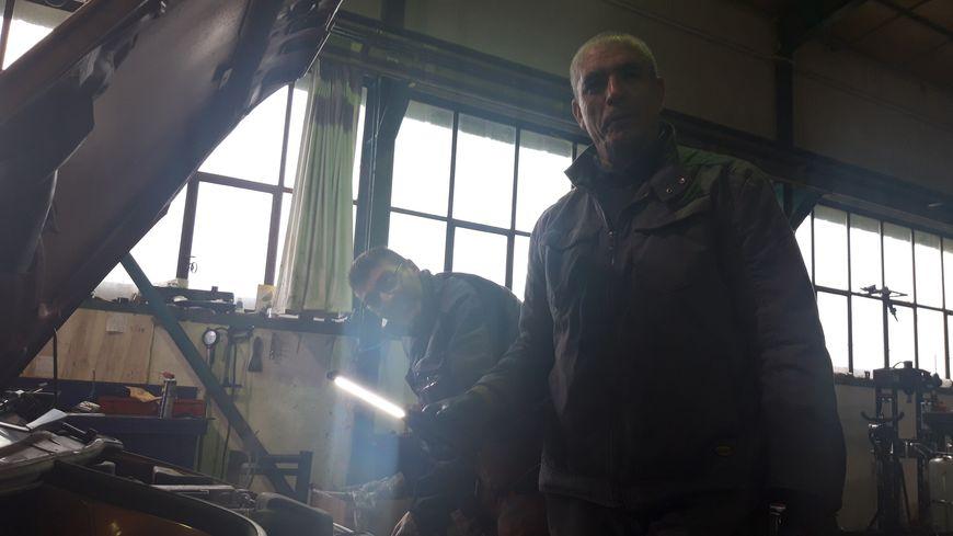Le garage est ouvert aux personnes au RSA, qui touchent l'allocation adulte handicapé, ou encore aux retraités aux revenus modestes.