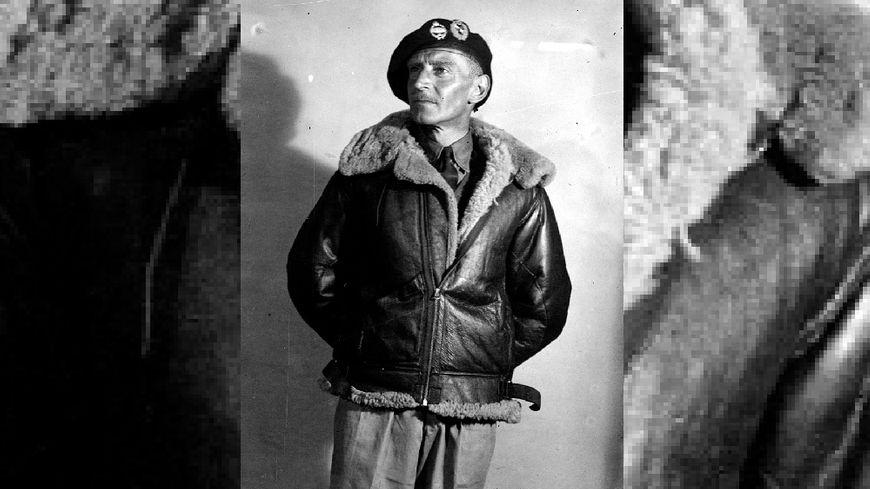 13 septembre 1946: Clifton James, acteur et imitateur britannique, se déguise en soldat britannique. Il incarne le maréchal Montgomery.