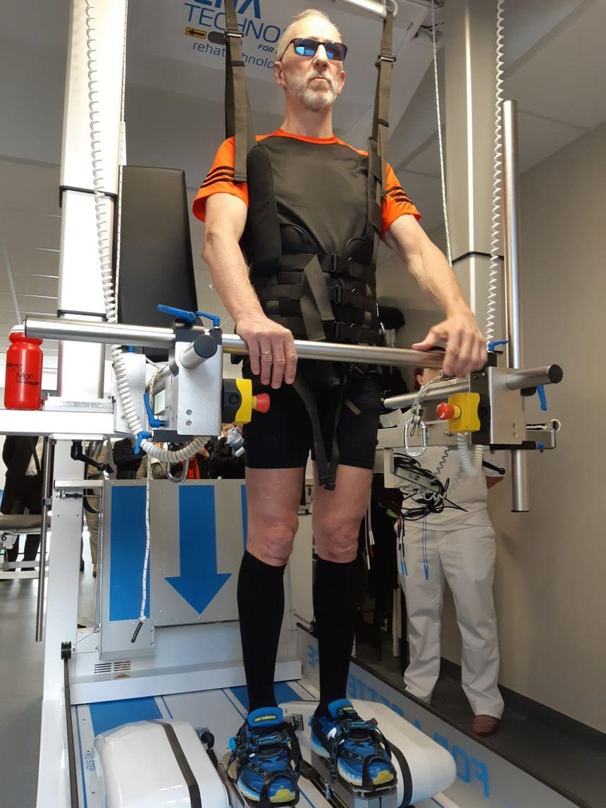 Le robot marcheur, une des machines que le personnel soignant peut paramétrer très précisément