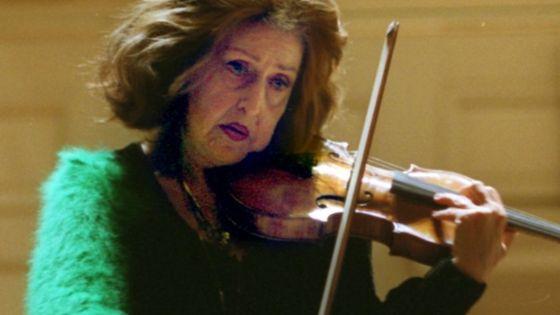 La violoniste Ida Haendel au Boston Symphony Hall