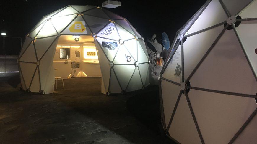 La cité de l'espace a bâti un village lunaire autour de son exposition-anniversaire