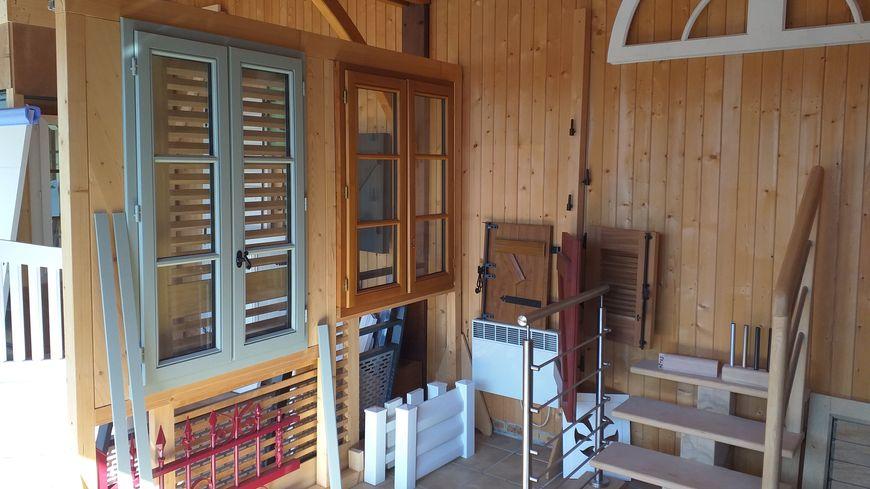 Papeix travaille le bois, l'alu et le PVC pour des réalisations sur mesure...